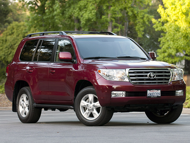 Toyota Land Cruiser 200 (2011) Фото 1