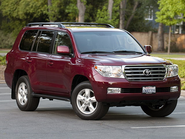 Toyota Land Cruiser 200 (2011) Фото 4